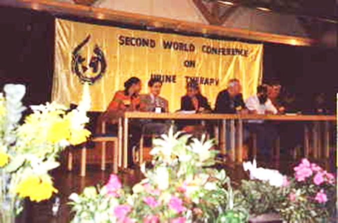 2 ° Congresso Mondiale urinoterapia, Stadthalle City, Germania maggio 1999